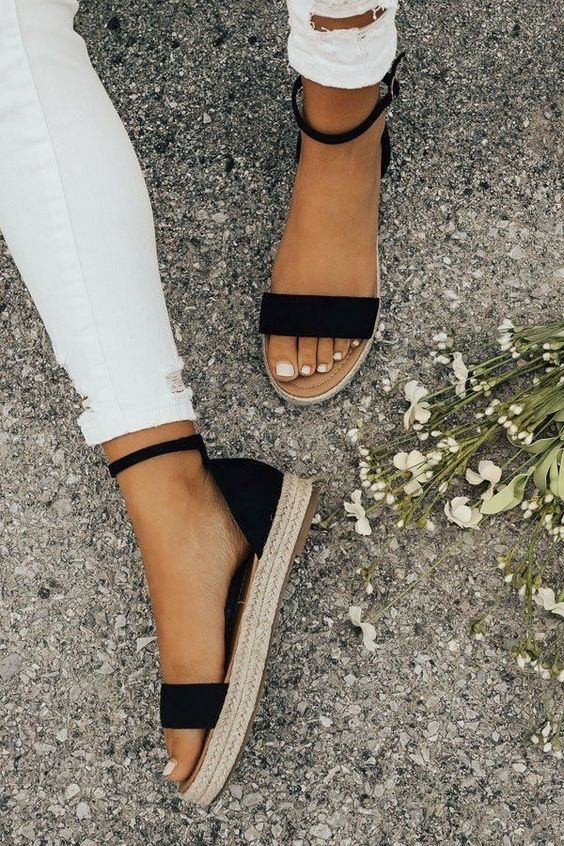 8 Shoes You Need To Have In Your Closet