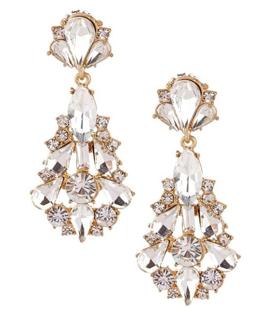 *11 Classic Earrings You Should Be Wearing