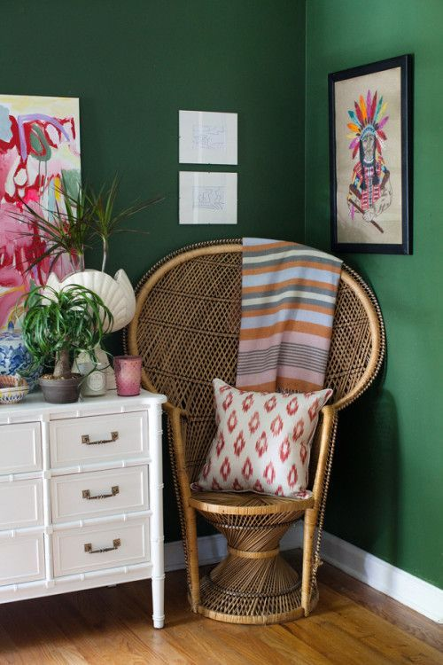 10 Ways To Incorporate Vintage Decor Into Your Living Space