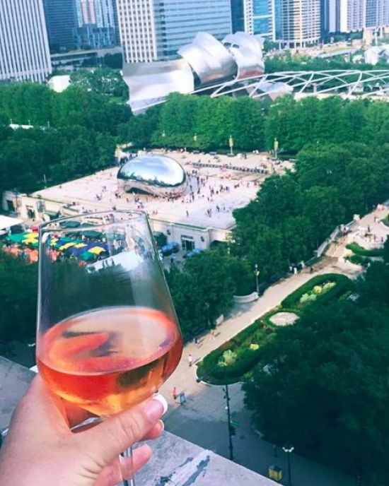 10 Instagrammable Bars In Chicago