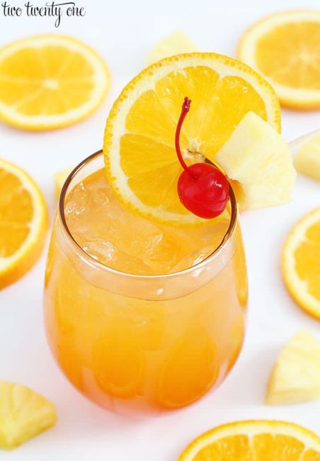 The Best Summer Cocktails To Make This Season