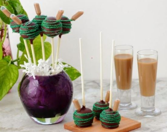 16 Desserts On A Stick You Have To Try