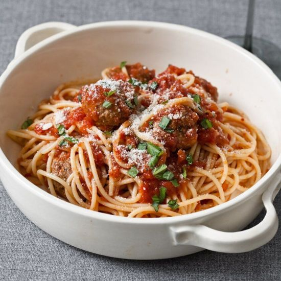 10 Easy Pasta Recipes Every College Kid Who Can't Cook Can Whip Up!