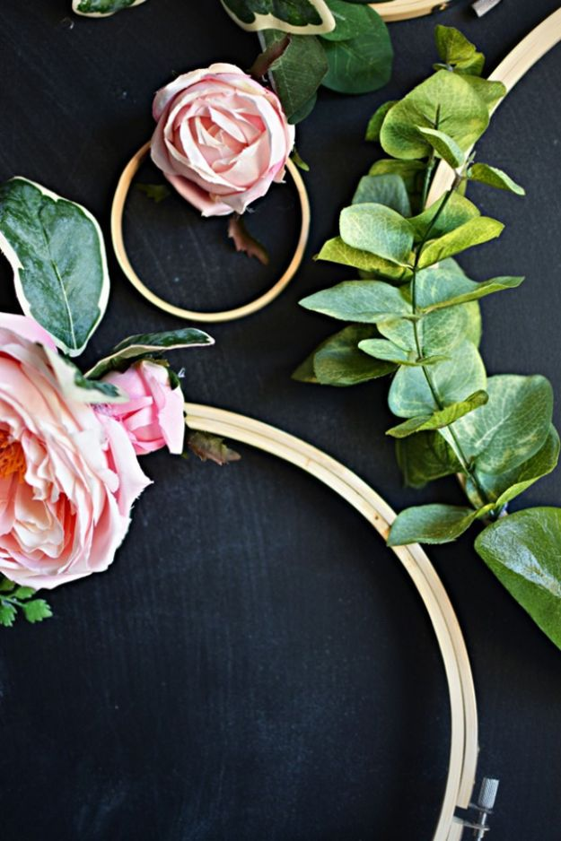 10 DIY Art Projects for Your Room