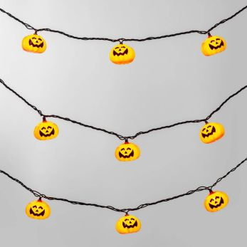 """top 10 spooky decor from """"Hyde And EEK Boutique"""" you absolutely need!"""