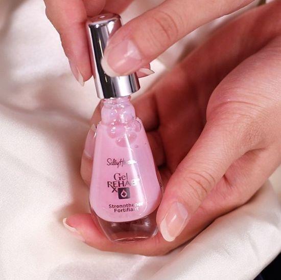 5 Fingernail Tips For Gel Damaged Nails