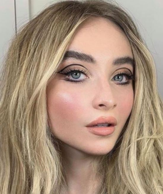 10 Amazing Makeup Looks To Try When You're Bored At Home