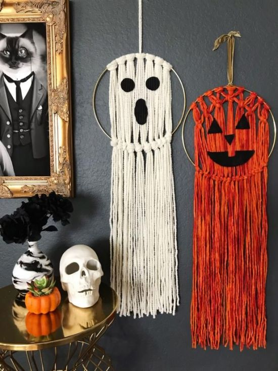 14 DIY Wall Decor Items To Get That Fall Aesthetic