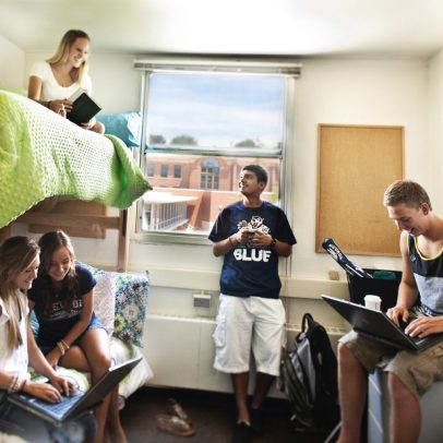 The Ultimate Dorm Room Guide For All New Students
