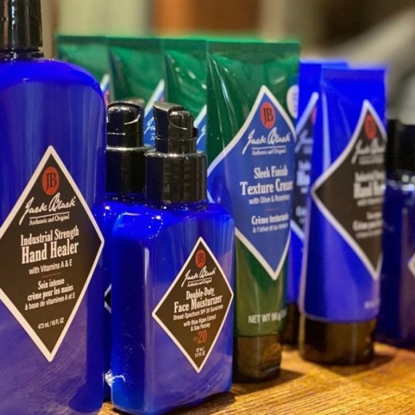 Top Men's Grooming Products For The Spring