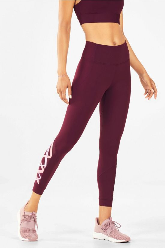 6 Pairs Of Super Cute Leggings To Workout In This Fall That Aren't Black