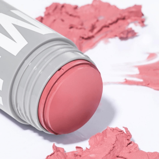 *10 Summer Blush Looks That Will Bring Some Color To Your Face
