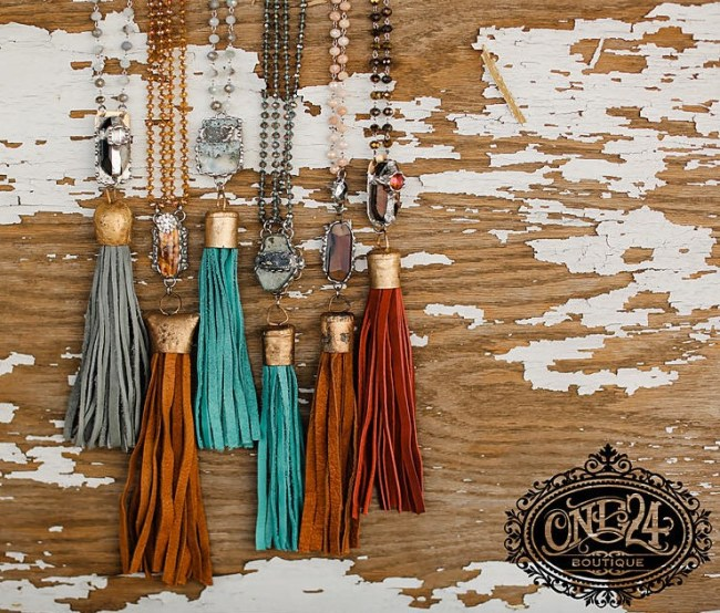 One24's fashion accessories consist of purses, purse rings, tassels, and jewelry items.