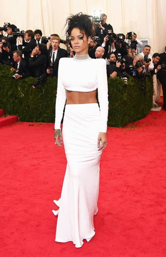 8 Iconic Looks From Rihanna To Inspire Your OOTD