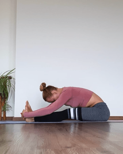 10 Best Hip Stretches To Prevent Lower Back Pain