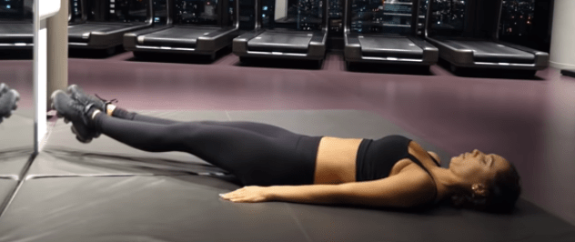 Want Abs Quickly? Try The Alexis Ren Ab Workout