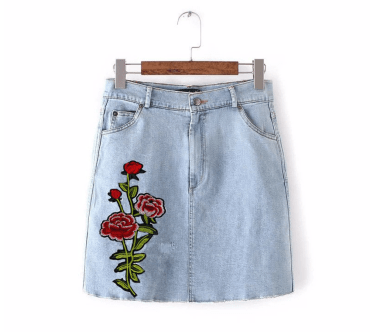 8 Ways To Rock A Denim Skirt During The Day