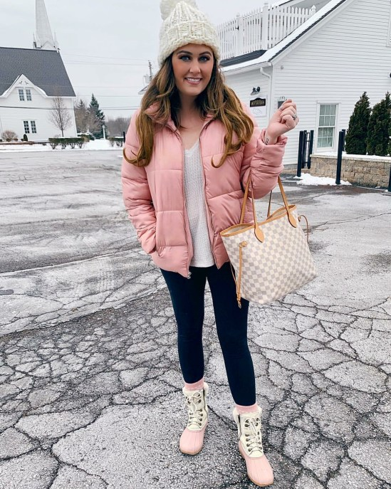 Winter Outfits To Wear With A Spray Tan