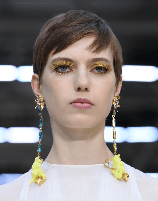 Spring Makeup 2020: All About Sparkly, Glossy, And Vibrant Looks