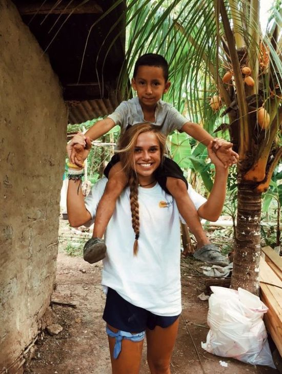 7 Things I Learned While Volunteering Overseas