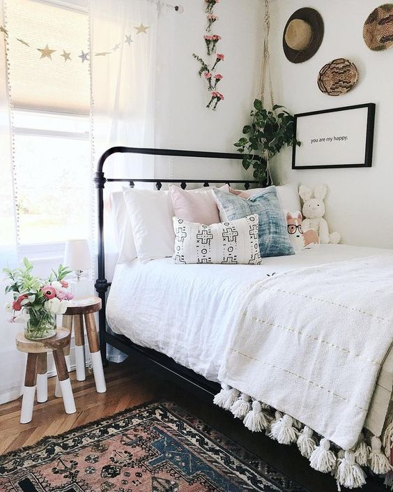 10 Dorm Rugs That Will Totally Transform Your Room