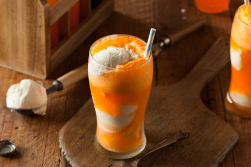 Alcoholic Floats That Will Sate Your Sweet Tooth All Summer Long