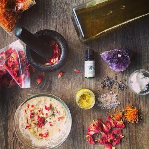 8 Nährende ätherische Öle für die Gesundheit der Haare