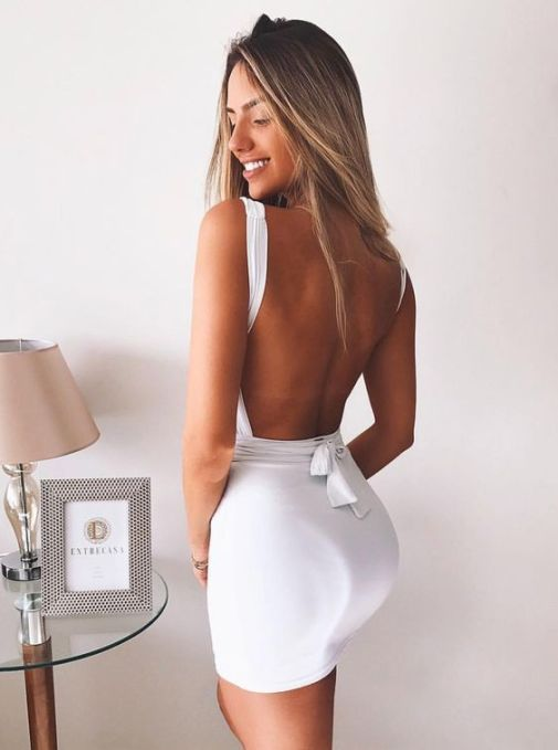 12 Tight Dresses For A Night Out During Spring Break