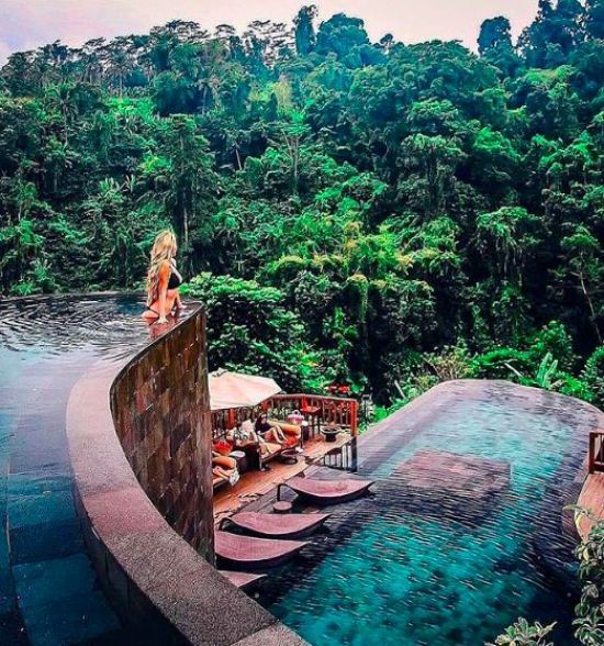 10 Hotels Around The World That We'd LOVE To Stay In