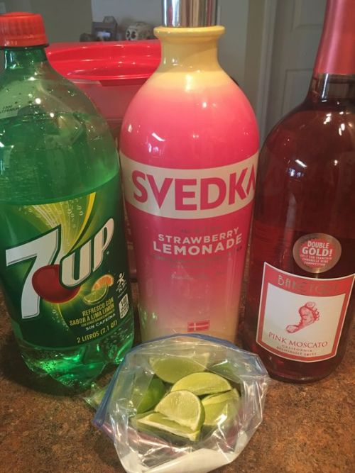 5 Cheap And Creative Cocktails For The College Girl On A Budget