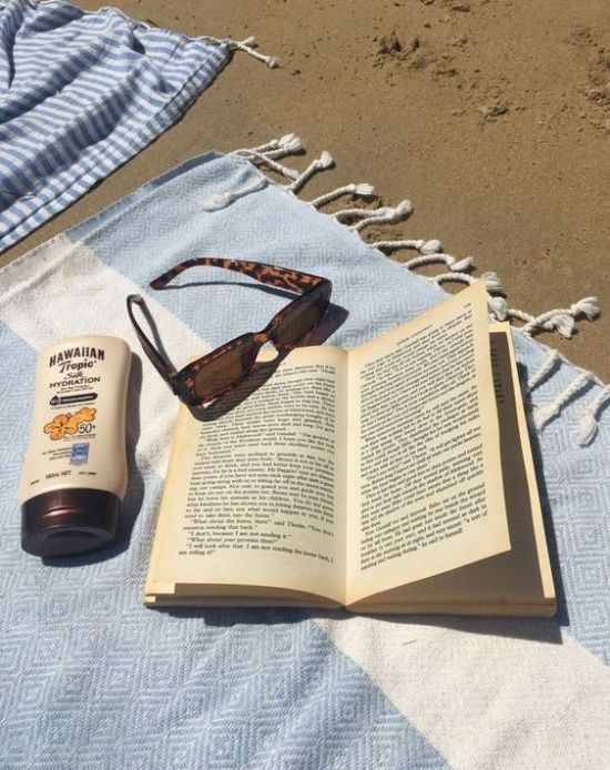 10 Thrillers To Read On The Beach