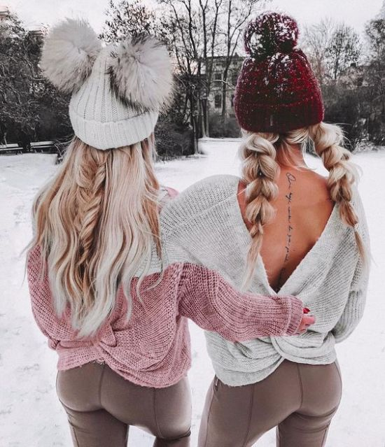 Gorgeous Ways To Style Your Hair With A Beanie