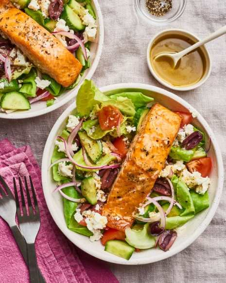 9 Reasons Why You Should Eat Salad Every Day