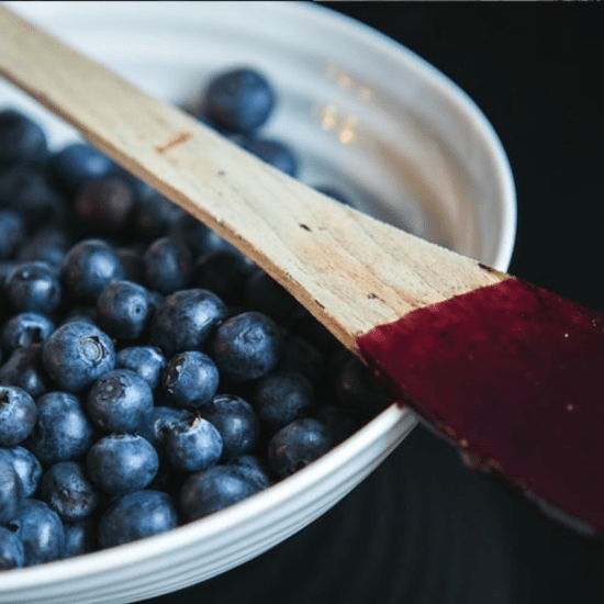how to make blueberry-peach cobbler oatmeal