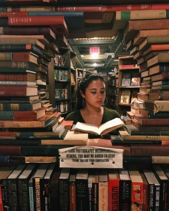 10 Reasons Why Bookstores Are Magical Places
