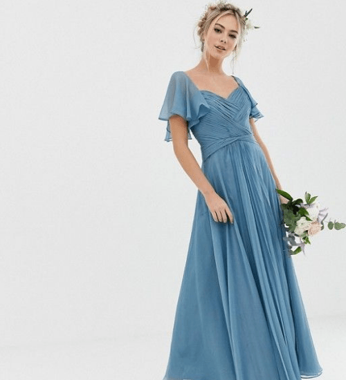 *10 Bridesmaid Dresses That Will (Almost) Outshine The Bride!