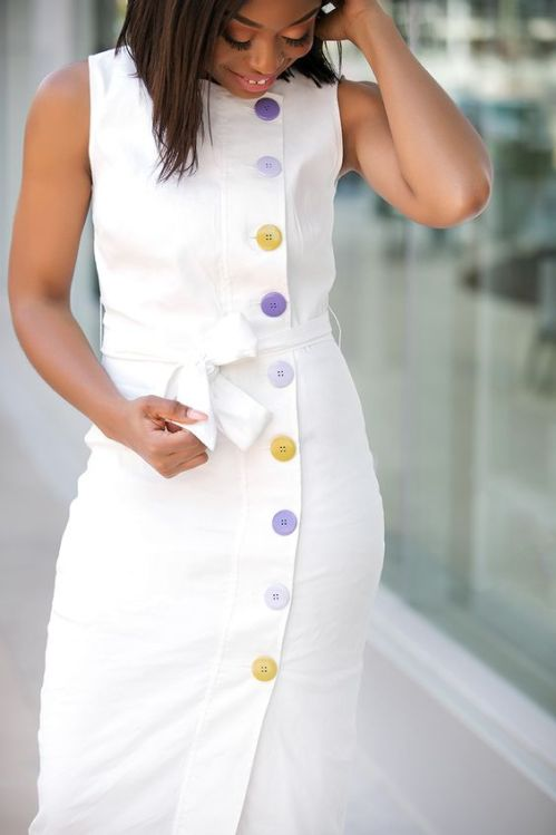 *12 Simple White Graduation Dresses That Will Always Be In Style