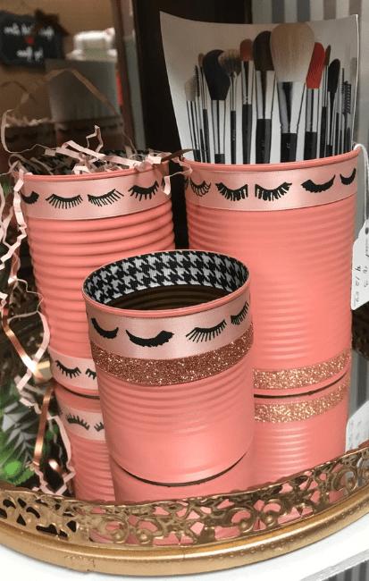 5 DIY Dollar Tree Makeup Stands