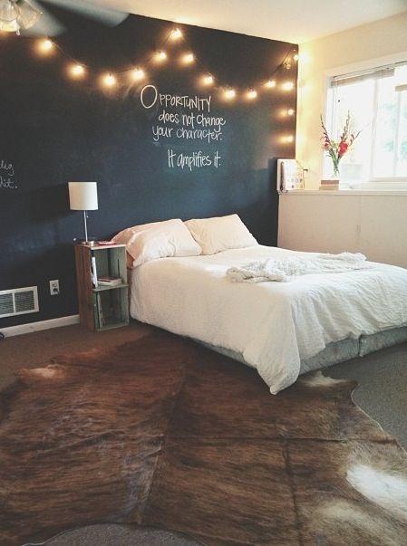 Bedroom DIYs To Re-Vamp Your Room