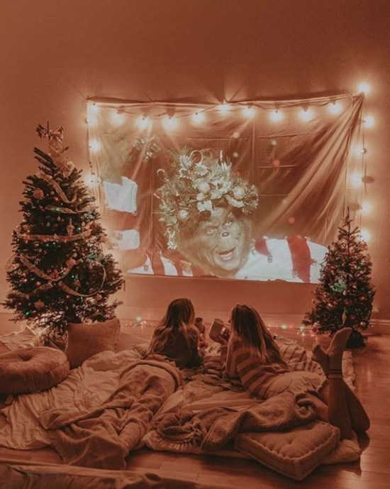 How To Spend Your Christmas Eve In 2020