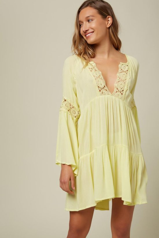*7 Cover-Ups You Totally Need For Beach Trips