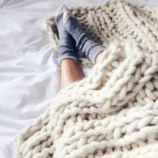 9 Fall Decor Ideas For Your Dorm