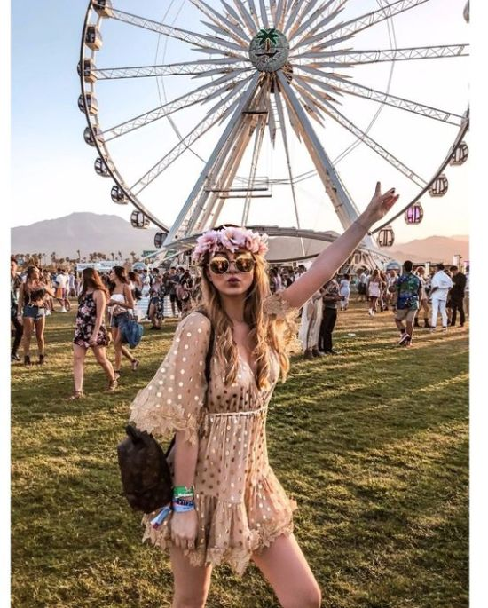 *10 Festival Outfit Looks To Keep In Mind For Music Festival Season