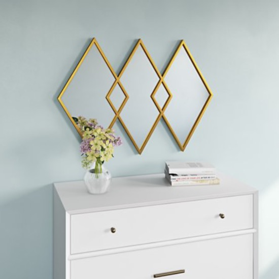 Mirrors That Add A Little Extra Flare To Your Room