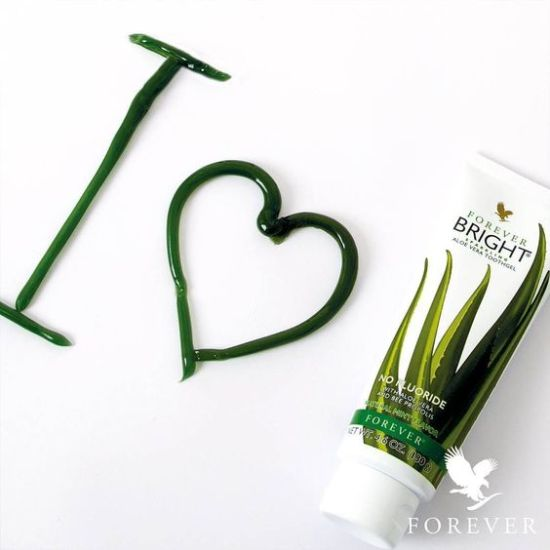 7 Uses For Aloe Vera That Will Blow Your Mind