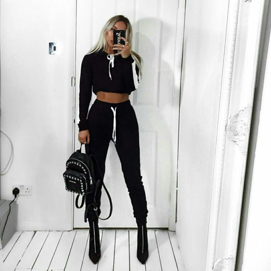 5 Ways To Wear A Tracksuit With Heels