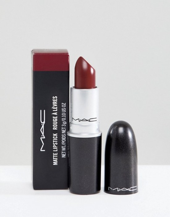 *10 Lipsticks You Need To Have This Summer