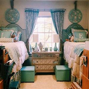27 Mind Blowing Decor Ideas for Small Dorms