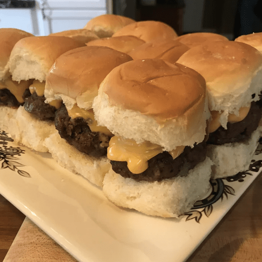 Best Foods For Watching The Football Game That Will Feed Everyone