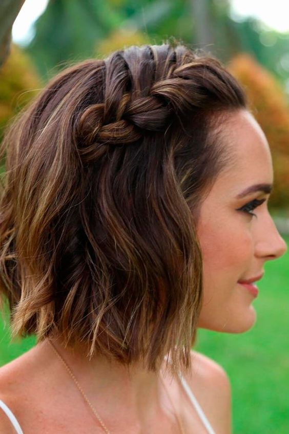 7 Everyday Hairstyles For Short Hair